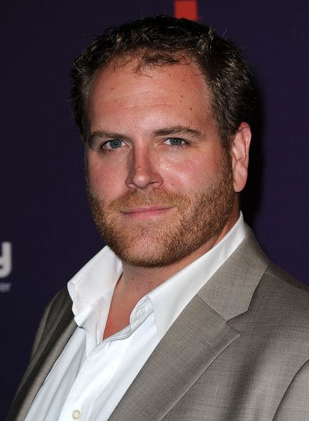Josh Gates Photos - Producer Josh Gates arrives at SyFy/E! Comic-Con Party at Hotel Solamar on July 23, 2011 in San Diego, California. - SyFy/E! Comic-Con Party - Arrivals