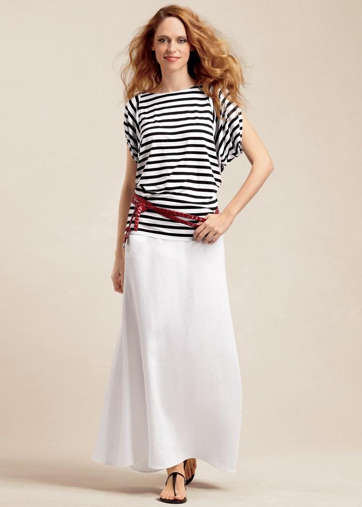 Long white linen skirt...lovin that  longs skirts are back!!