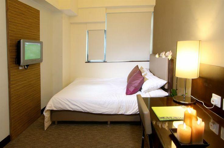 Berlibur di Hong Kong? dapatkan #hotel bintang ** dengan harga spesial hanya di  http://www.nusatrip.com/id/lokasi/asia/hong_kong/hotel_bintang_2  #nusatrip #onlinetravel #tiketpesawat #hotel #tiketmurah #hotelmurah #tiketpromo #hotelpromo #bestflightdeals #flightdeals #hoteldeals #besthoteldeals #HongKong #tiketpromoHongKong #hoteldealsHongKong