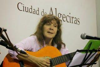 UNEE: La UNEE reconoce a Julia Jiménez Caraballo