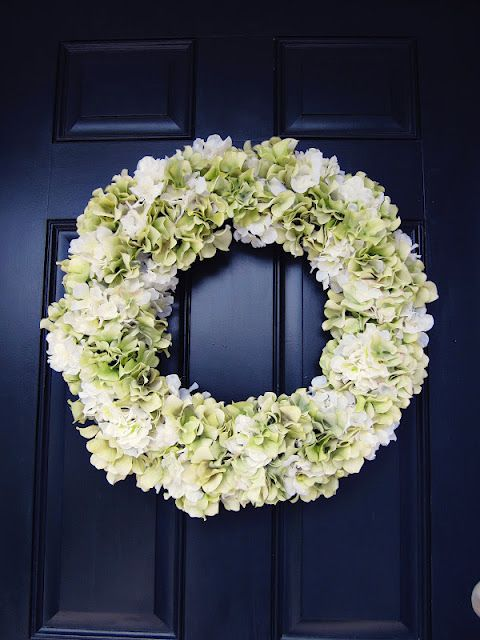 How To Make This Hydrangea Wreath For A Fraction Of What You'd Pay At Williams-Sonoma