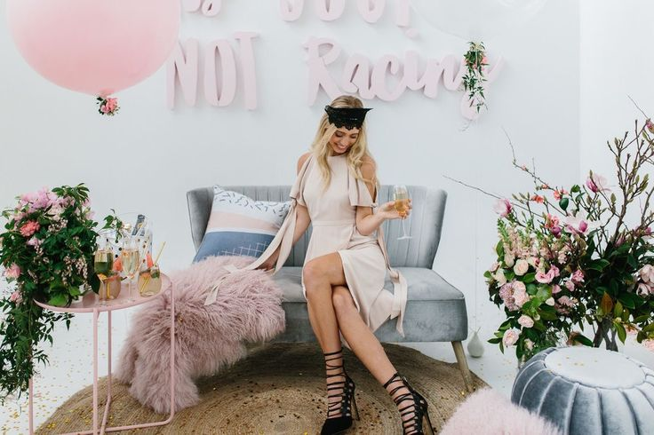 The place to be for fashionistas who love a glass of #BUBBLY is Melbourne Racing Club's Champagne Marquee, held at Caulfield Racecourse during the Spring Racing Carnival. The destination for first-class entertainment, casual grazing and front-row viewing
