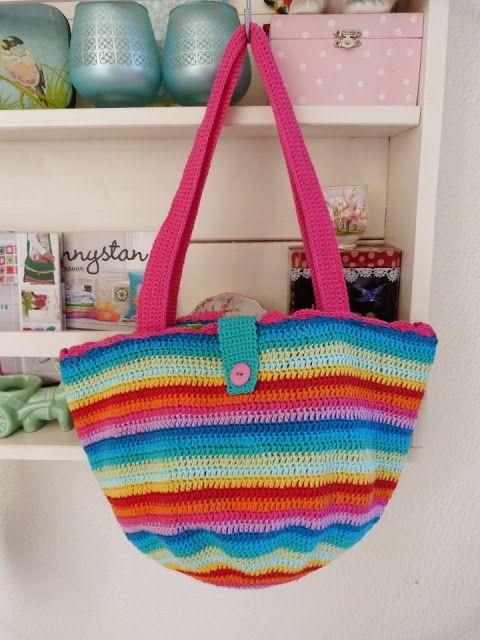Ilona's blog: Gehaakte tas, crochet bag