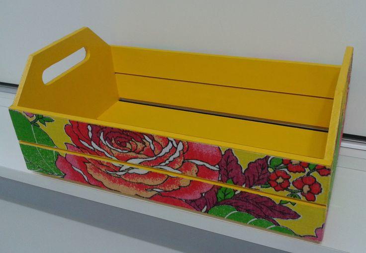 EU QUE FIZ... Caixote reciclado - Atelie Samara Ferreira