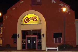 Long Gone: Chi-Chi's  Chi-Chi's helped bring Tex-Mex cuisine to the heart of the United States in the '70s and '80s by serving up huge portions of intensely flavored food. But declining sales and the largest hepatitis A outbreak in U.S. history forced Chi-Chi's to shut its doors in 2004. Even though you can't eat the food, you can still buy the salsa at your local grocery store.