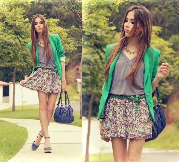 Love the colors: Light Pink Blazers, End Of Summer, Prep Style, Cute Outfits, Green Blazers, Latest Fashion Trends, Kelly Green, Shades Of Green, Spring Outfits
