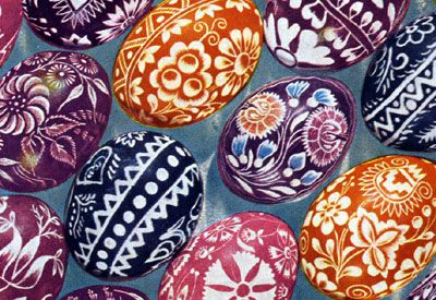 Ukrainian Pysanka! The original egg decorating dating back to pre-christian times. SO MUCH FUN!!!    Made by using melted beeswax and a special utensil to draw on traditional designs. You then dip in color. You can layer colors and wax for cool designs.  #easter