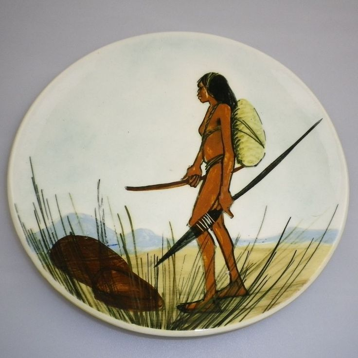 MARTIN BOYD HANDPAINTED DISPLAY PLATE OF AN ABORIGINAL FEMALE HUNTER