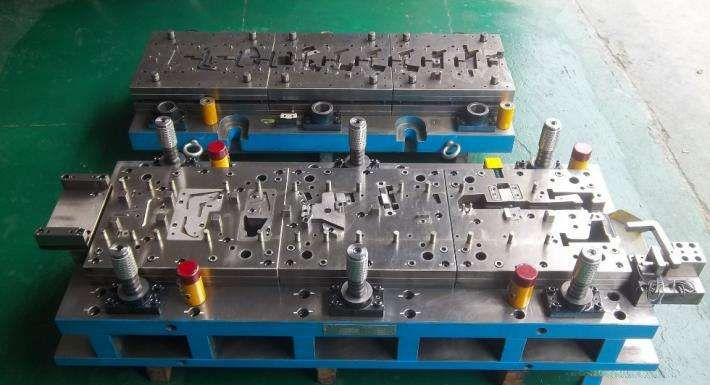 Factory Supplier car auto parts stamping die making on alibaba