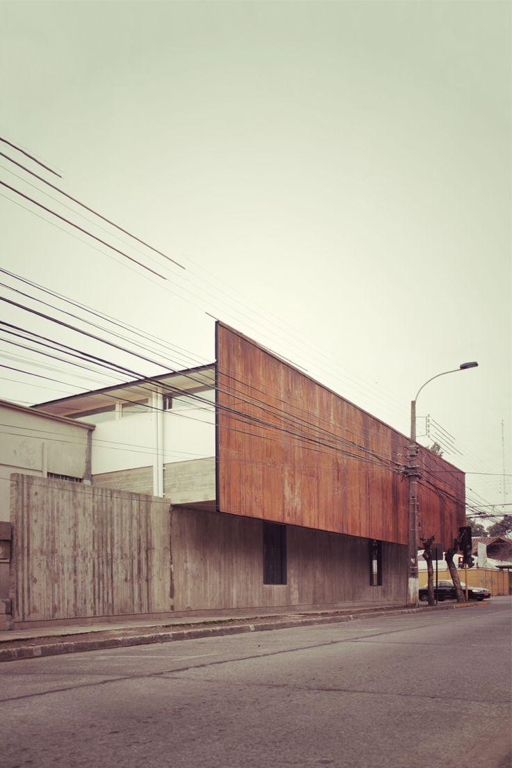 Gallery of Curricular administrative building Lycée María Auxiliadora / SURco - 4