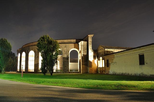 #Mantova - Palazzo Te, vista notturna