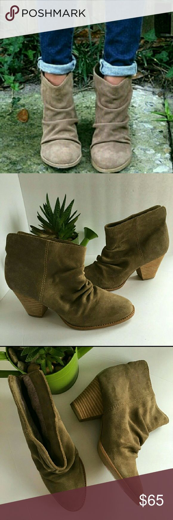 """Splendid fine leather rodeo ankle boots size 10 NWOB plendid fine leather ankle boots. Size 10. Heel is about 2.75""""tall. Sorry no box. Splendid Shoes Ankle Boots & Booties"""