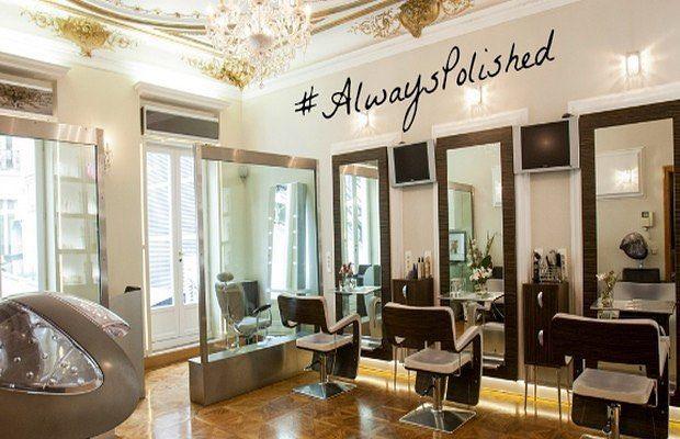 On adore le salon de beauté  coiffure @polishedhaircareparis L'équipe est anglophone ! On en parle dans notre dernier article du blog : http://ift.tt/2m5aGQx #polished #polishedhaircareparis #paris #coiffeur #hairdresser #hair #salon #coiffure #hairstyle #cheveux #france #french #anglophone #champselysees