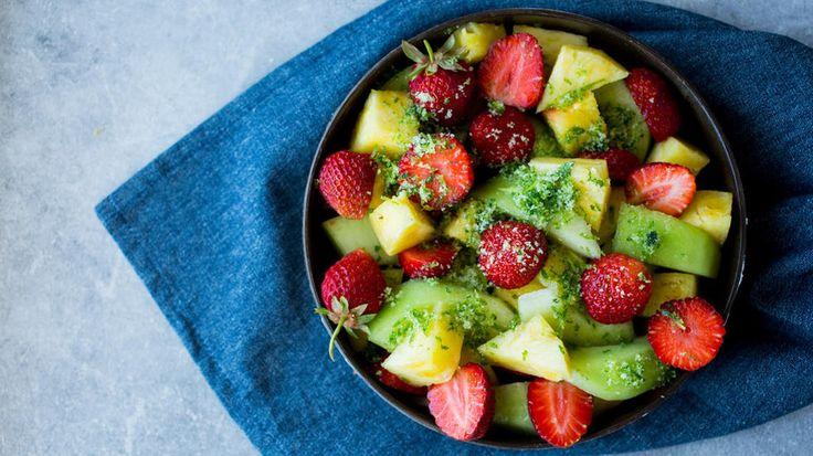 Fruktsalat med mynte og limesukker