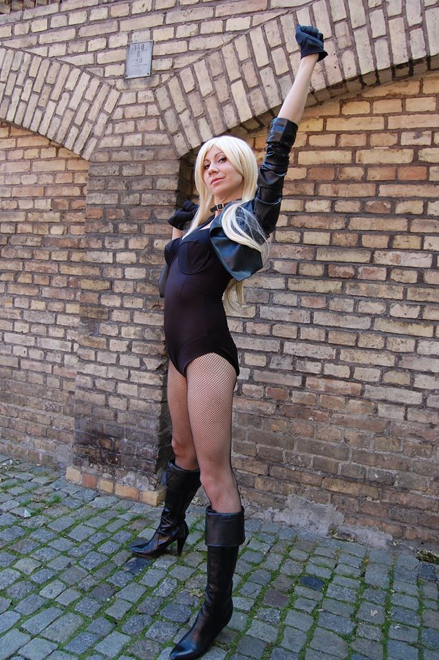 Black Canary cosplay  https://www.facebook.com/cospf?ref=aymt_homepage_panel