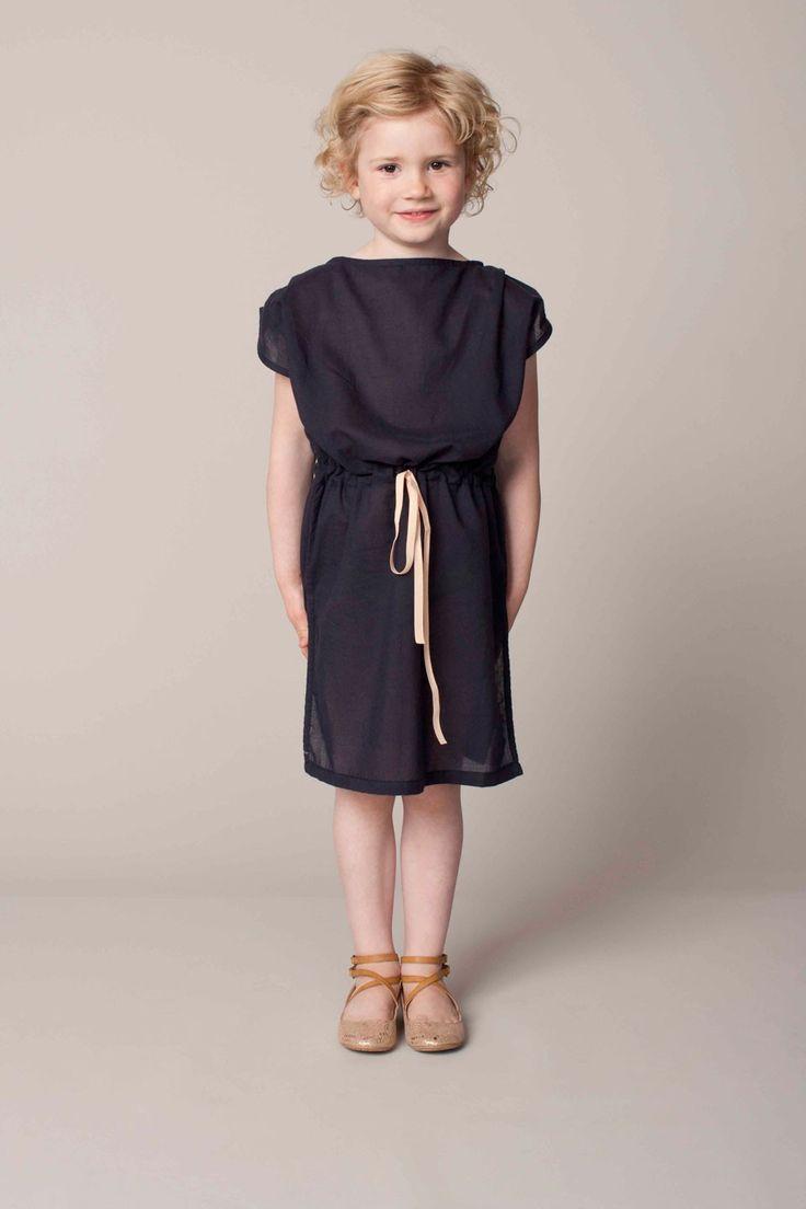 Black dress - Gro.   Seen at http://springstof.eu/en/shop/brands/gro/gro-jurk-zwart.html