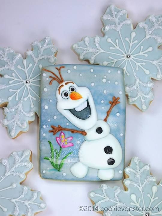 Frozen Cookies, cute snowman, Olaf, & snowflakes by Cookievonster.com