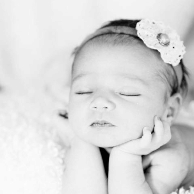 little angel: Baby Pics, Baby People, Angel Among Us, Adorable Baby Pictures, Baby Faces, Baby Girls, Sweet Girls, Baby Photos, So Sweet