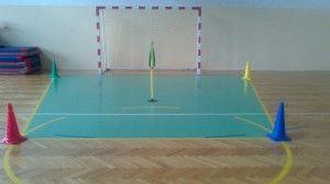 Czy graliście kiedyś w zdobywanie flagi? Szkoła podstawowa z Krakowa przygotowała opis tego co jest potrzebne, by zagrać, obowiązujących zasad i przebiegu rozgrywki. Koniecznie przeczytajcie: http://blogiceo.nq.pl/68krk/2013/12/01/55/