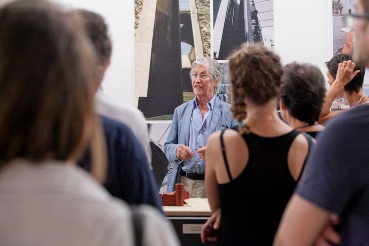 """Visita del 3 luglio alla mostra """"Andrea Bruno. Progettare l'esistente"""", con Andrea Bruno al Museo d'Arte Contemporanea del Castello di Rivoli. Foto di Jana Sebestova #AIC2015 #sconfinamenti"""