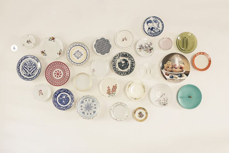 Harissa Bittar e Bruno Pugens - Casa Aberta  Legal a ideia de colecionar pratos de cada lugar que visitam.