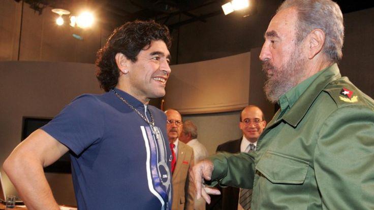 Diego Maradonna et selon lui son ''deuxième père'' Fidèle Castro#Cuba#Révolution#GrandHomme#Amitié#9ine @Maradona