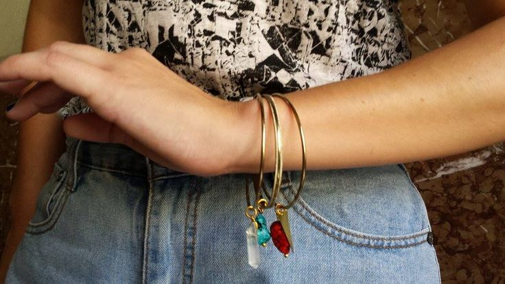 ON SALE Turqoise and Quartz Bangle Bracelets https://www.etsy.com/listing/196143259/on-sale-turqoise-and-quartz-bangle?ref=listing-3