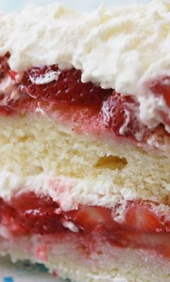 Strawberry Cake Recipe ~ It's a classic white cake with fresh strawberries and real whipped cream frosting