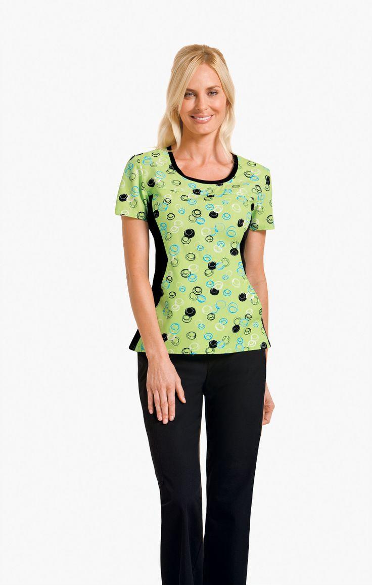 Cherokee print scrub top | #nurse #fashion | #printscrubs | #cherokeescrubs | #medapparel