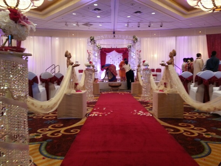 A Hindu wedding picture from the brides red carpet