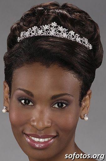 Pickening / Images: Penteados para noivas negras cabelos curtos