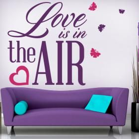 Vinilos Decorativos Frases Love Is In The Air  #decoracion #decoración #vinilosdecorativos #decoraciondelhogar #pegatinas #adhesivos #decoracionhogar #decoracióndelhogar #decoraciónhogar