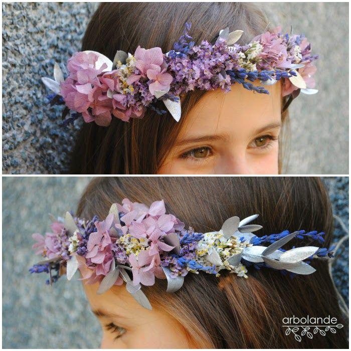 ¡Qué bonitas están las  niñas con flores en el pelo ! Quedan ideales para que las luzcan en su Primera Comunión , en una boda acompañando a ...