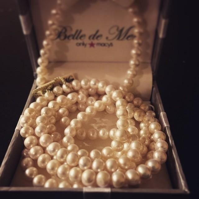 @courtneymaee89, your pearls are so chic! Just what you need for a sophisticated start to Fall — Belle de Mer pearl necklace