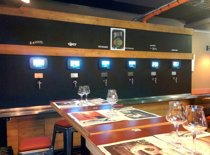 Bar restaurant dans le Vieux Lille : Le Beerstro Système de pompes à bières en libre service #beerstro #bière #bar #restaurant #bois #pompe