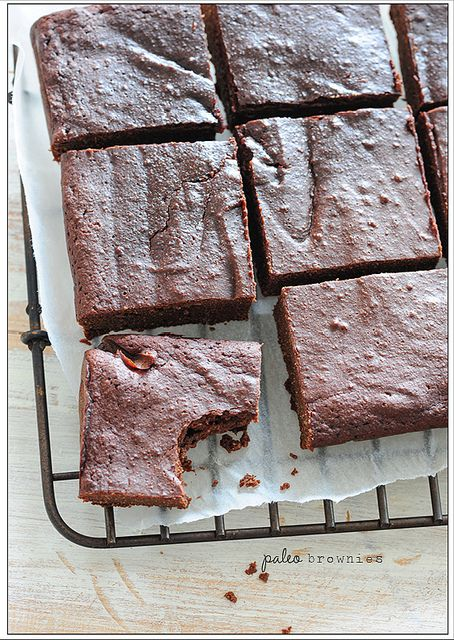 paleo brownies by jules:stonesoup, via Flickr