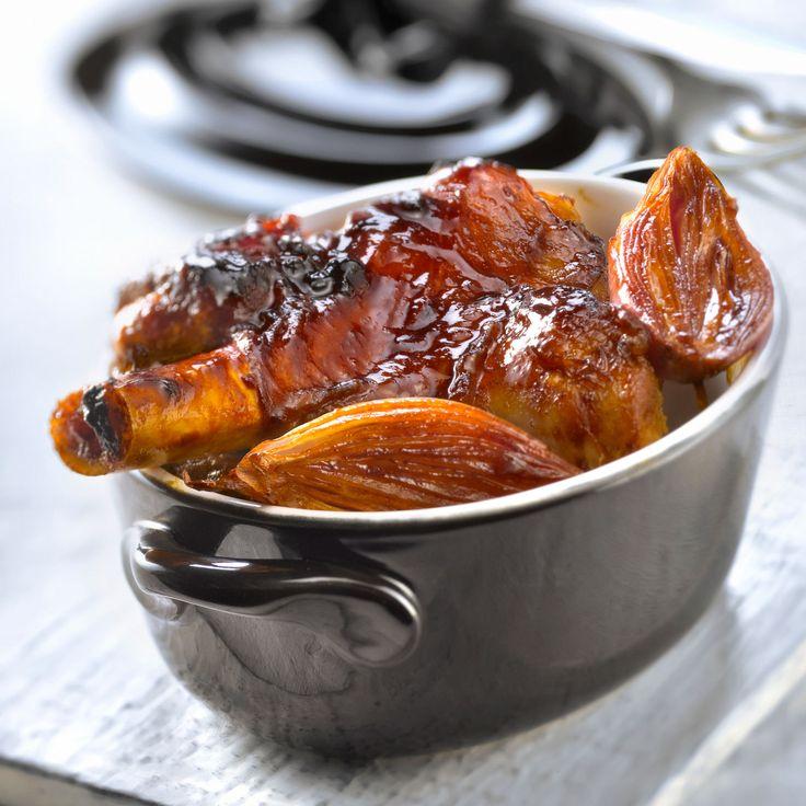 Découvrez la recette Souris d'agneau confite à l'échalote sur cuisineactuelle.fr.