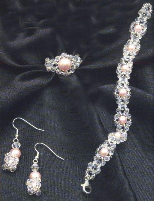 Bijoux fai da te con swarovski di cristallo e perle rosa