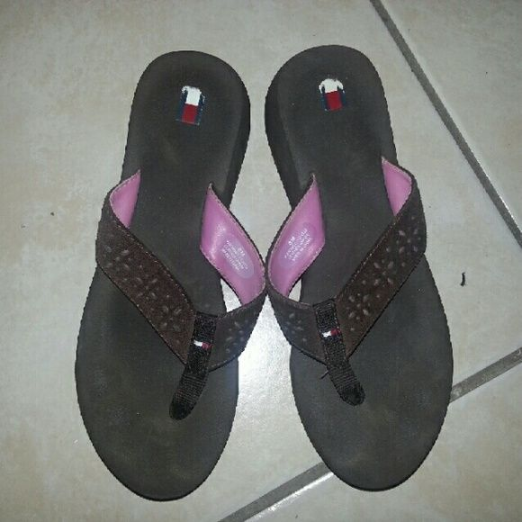 Tommy Hilfiger  Brown & Pink Platform Flip Flop Heavily used platform flip flop. Please see pictures for signs of wear and ask any questions before purchasing. NO TRADES BUNDLE  PRICE IS FIRM Tommy Hilfiger Shoes Sandals