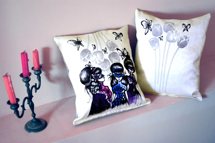 Masked Ball Nights Pillows de allyingraphicland Breslo