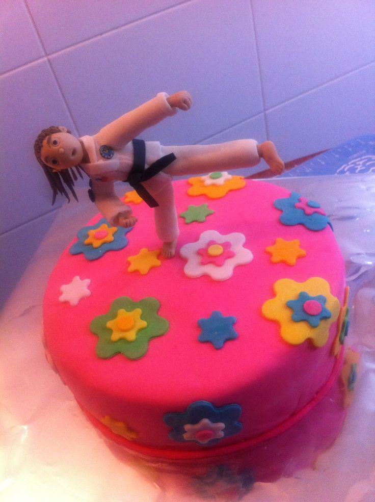 Taekwondo, cake, azúcar modelada, fondant, flores, colores, torta decorada