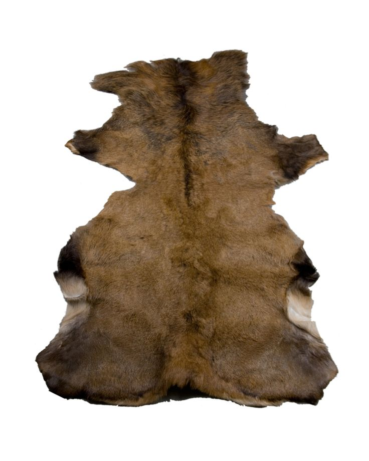 Leather rug – brown Crafted from natural deer skin, this stunning rug adds a touch of country charm to your home. This nice to the touch leather, brings warmth to your room. Match it with dark wood, hard floors and worn leather to complete the look. Warm and soft to the touch, each one is unique.