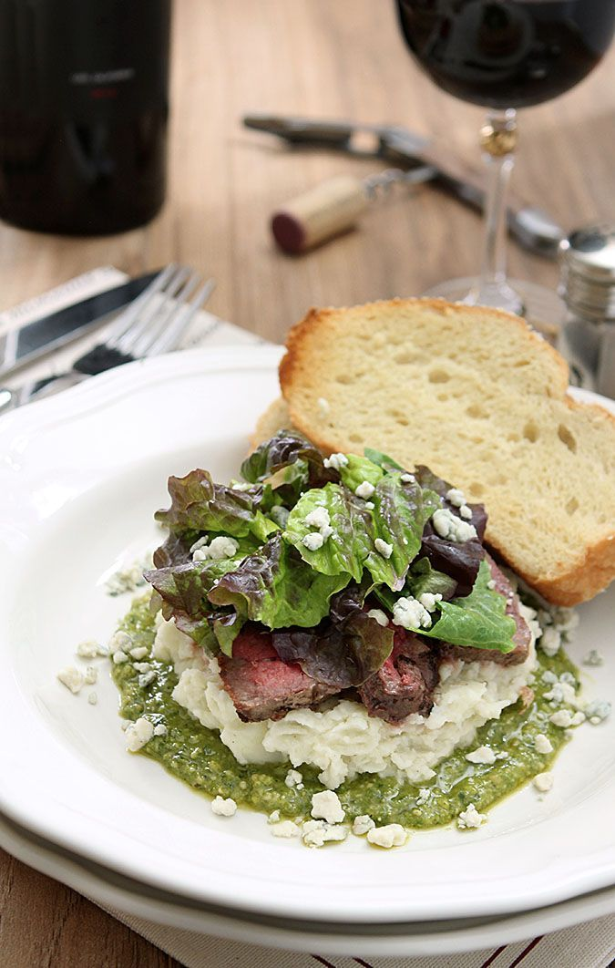 Steak Salad with Mashed Potatoes, Pesto and Gorgonzola Cheese | http://www.creative-culinary.com