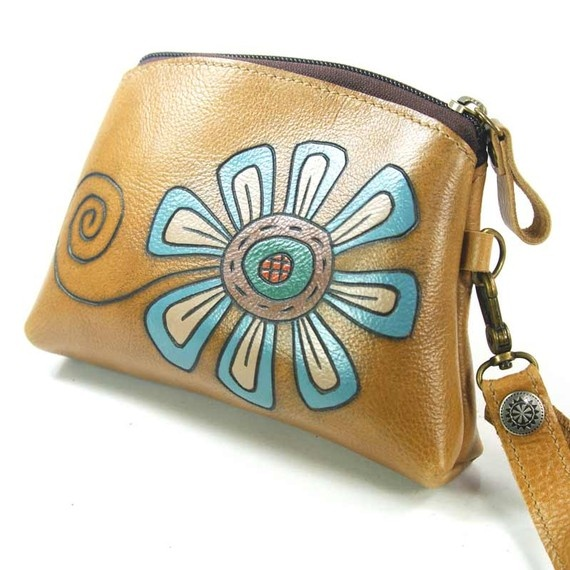 Leather Bag Purse  Jazzy Flower in Beige by rntn on Etsy, $78.00 Brought to you by http://www.etsy.com/shop/UncommonRecycables