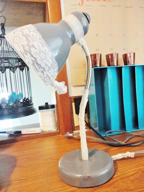 Lovely Undergrad: Lace + Spray Paint DIY Desk Lamp Makeover