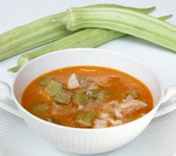 Quimbonbo criollo / Okra stew...Mi vieja siempre lo hace con carne de puerco, saca el platano despuez de cocinado y lo hace bolitas.
