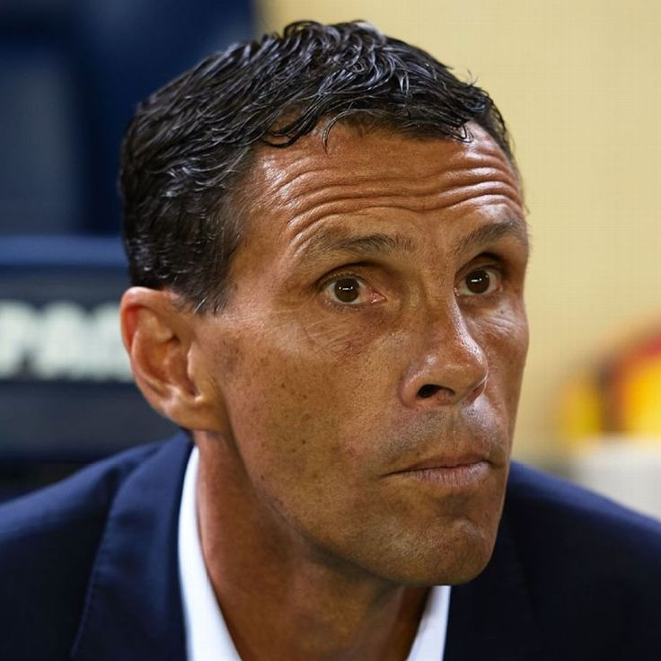 Gus Poyet replaced as Real Betis boss by Victor Sanchez del Amo