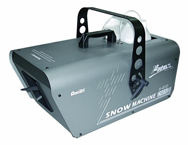 Snow machine???? £40 hire from Viking Lighting Norwich...  would be pretty outside near the fountain!