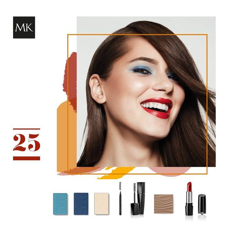 ¿Lista para brillar? Combina la seguridad del azul ahumado en los ojos y la confianza del rojo en los labios. ¡Descubre el look!  #Maquillaje #LookdeMaquillaje #TutorialMaquillaje #marykayespaña