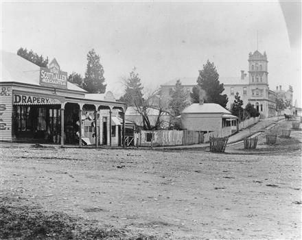 Bell Street, Yarra Glen. Yarra Glen & District Historical Society — Victorian Collections
